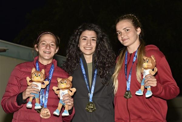מיטין, ג'וברן וקליין אלופות ישראל 2018 בקרב 7 (צילום: טיבור יגר)