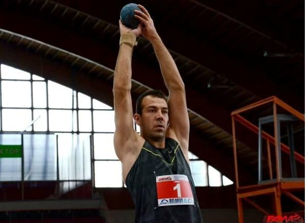 קריניצקי השיג שיא ישראלי ראשון בקרב 7 באולם